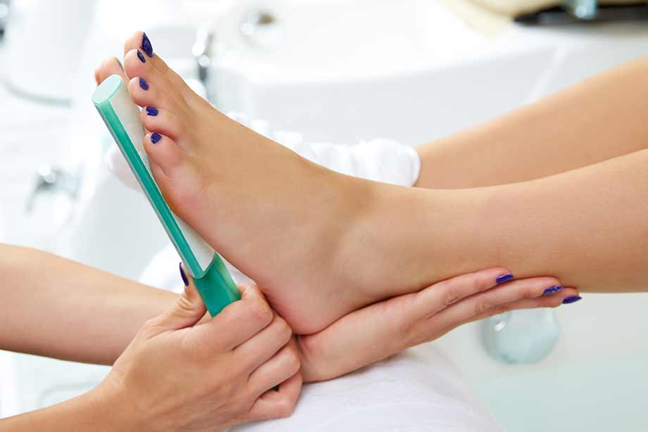 https://rajsbeautysalon.co.uk/uploads/service/pedicure.jpg